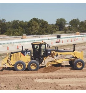 Cat Motor Graders for Rent in California | Holt of CA